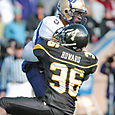 Titus_howard_tackle