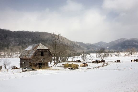 Dutch Creek barn_snow_b